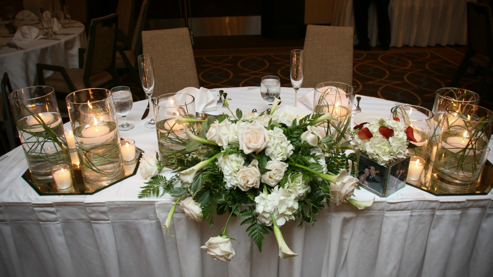 Sheraton Stamford Hotel - Connecticut Wedding Venue Sweetheart Table