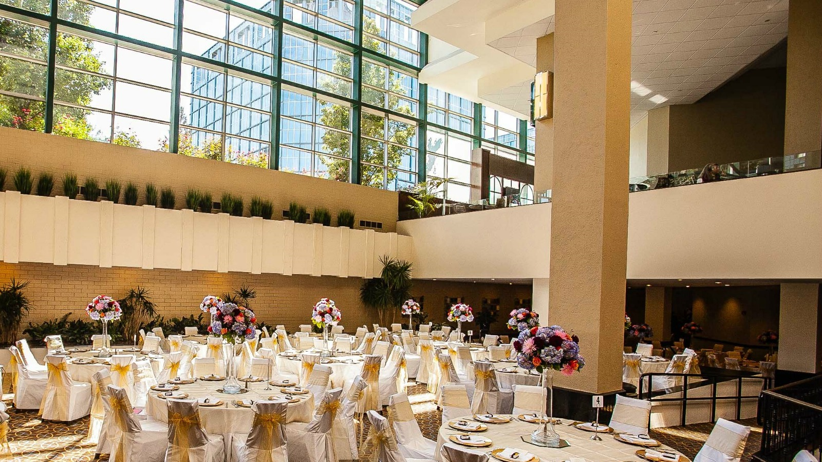 Connecticut Wedding Venue Atrium At Sheraton Stamford Hotel
